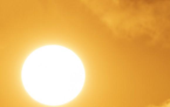 Tiêu thụ điện ở miền Bắc cao kỷ lục do nắng nóng cao điểm